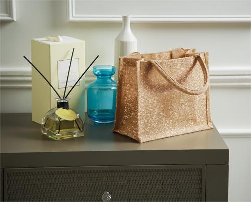 jute-mini-gift-bag-glänzend-natural-gold