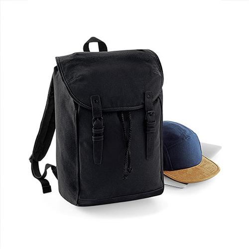 Vintage Rucksack von Quadra, mit weisser Zuziehkordel und braunen Lederschnallen am Taschenüberschlag zum Bedrucken mit Logo als Werbetasche